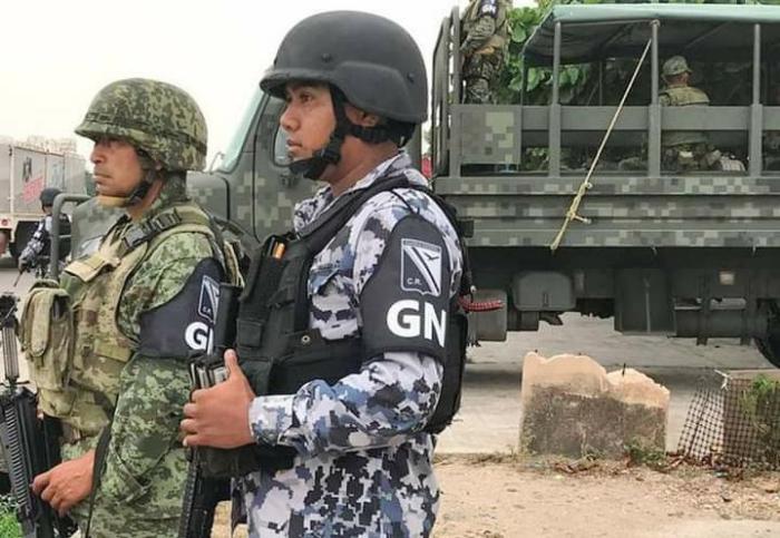 Guardia Nacional impide instalación de comerciantes en Tlacotepec