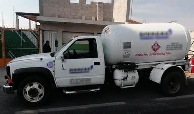GN asegura pipa con gas de dudosa procedencia en Tepeaca
