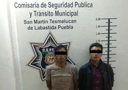 Los aseguran en Texmelucan con pistolas de plástico y marihuana