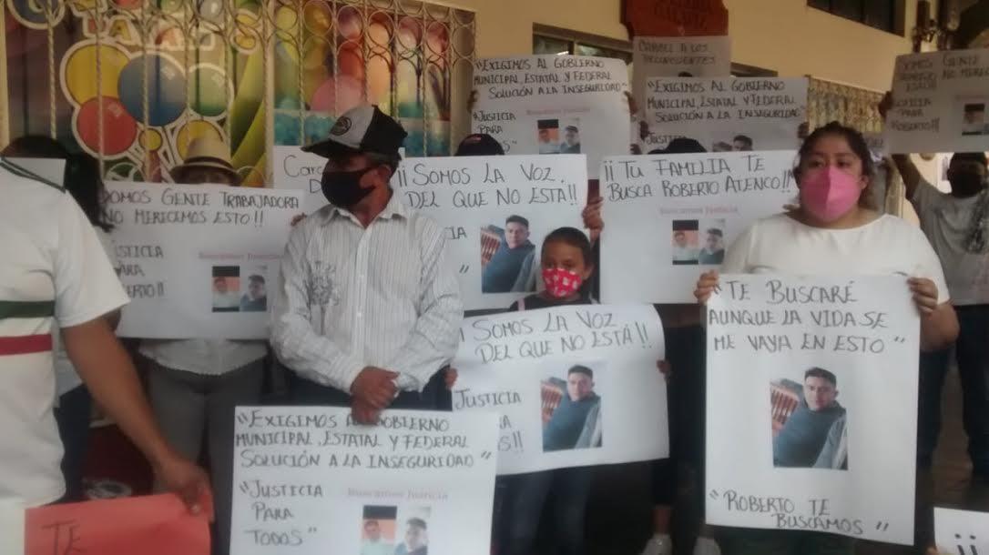 Exigen seguridad tras desaparición de comerciante en Huauchinango