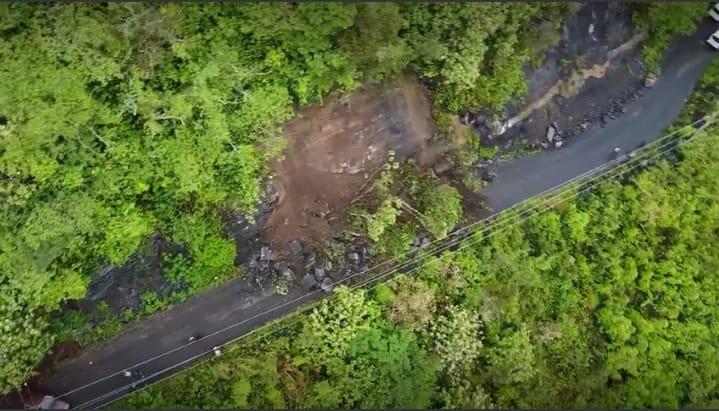 Lluvias bloquean carretera e incomunican juntas auxiliares de Xicotepec