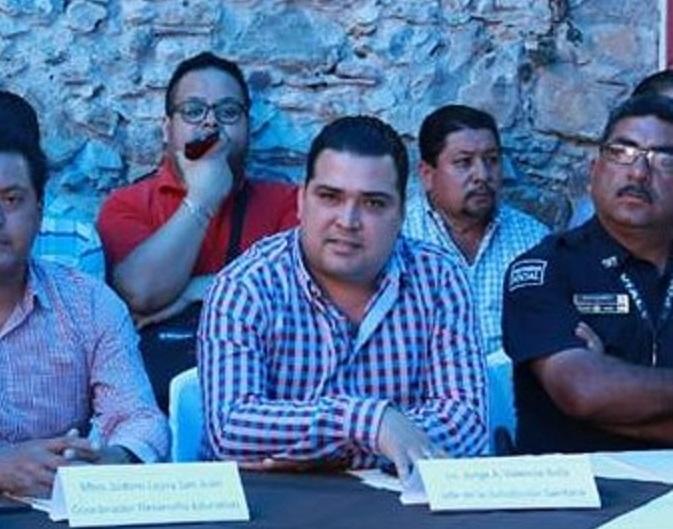 Destituyen a Valencia de Jurisdicción Sanitaria de Huauchinango