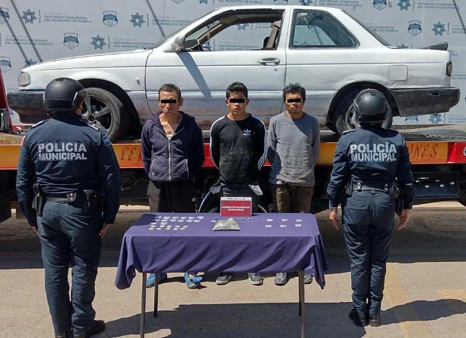 Capturan a banda ligada al robo de vehículos en Puebla capital