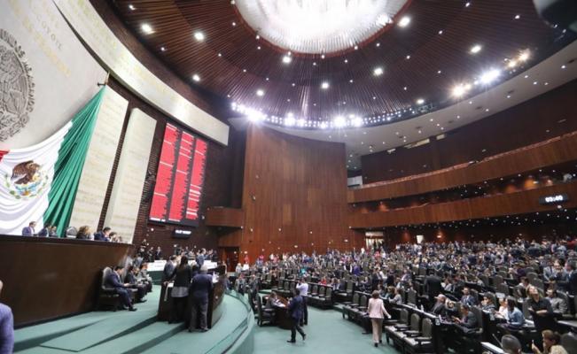 Oposición frena reforma de Morena al Fondo de Salud