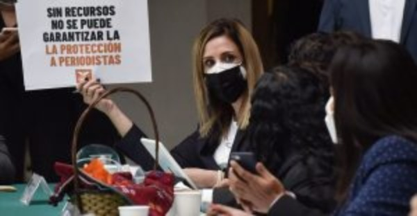 Diputados de oposición cuestionan destino de dinero tras desaparecer fideicomisos