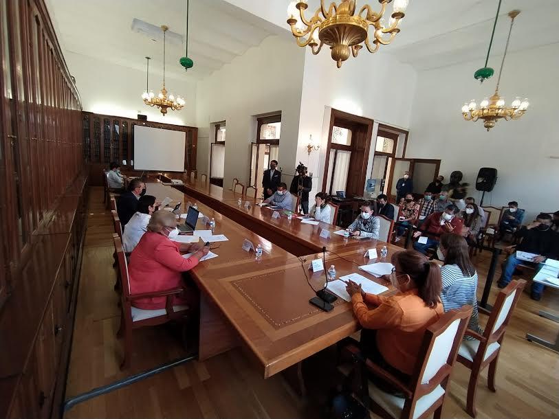 Diputados piden a la SEP evitar festejos de fin de curso