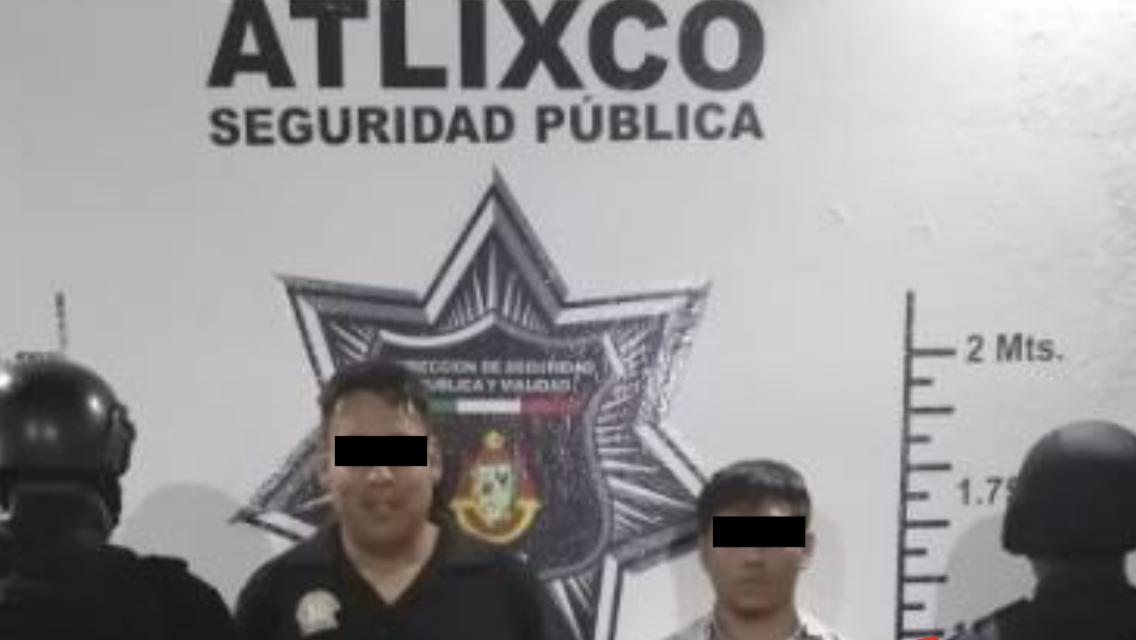 Detienen a jóvenes por festejar en calles de Atlixco con detonaciones de arma de fuego