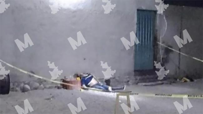 Jugando con una pistola joven mata a su amigo de un disparo en Acajete
