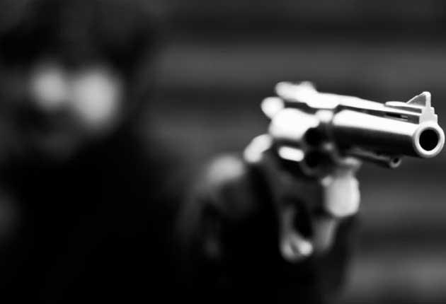 Drogado, Imanol mata a balazos a su padre en Huauchinango