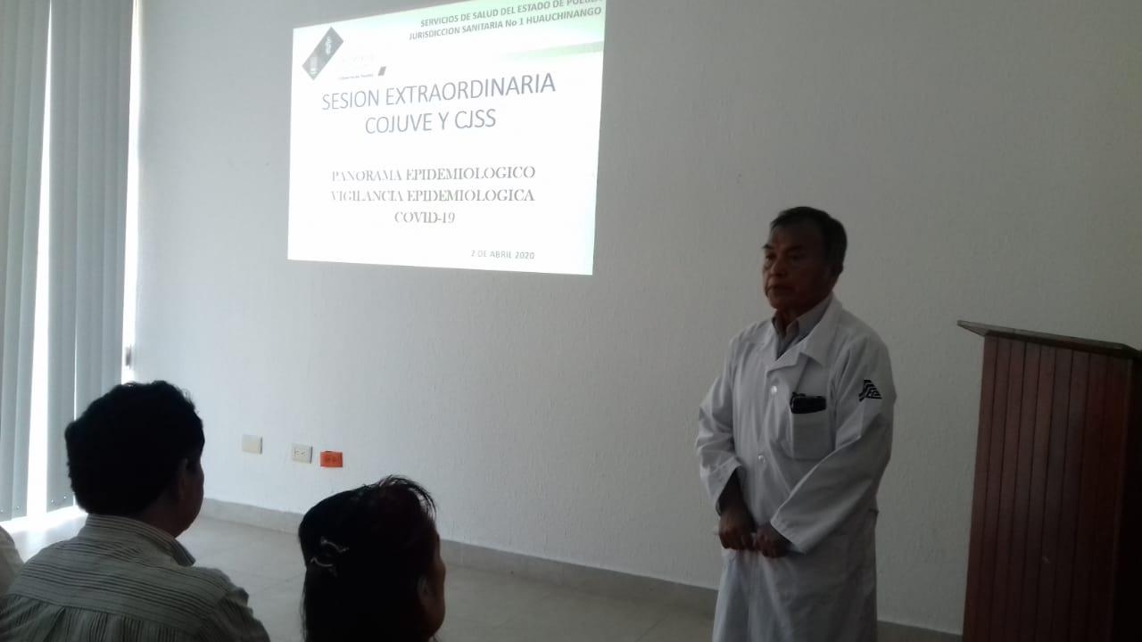 Directores de hospitales pactan en Huauchinango acciones contra coronavirus