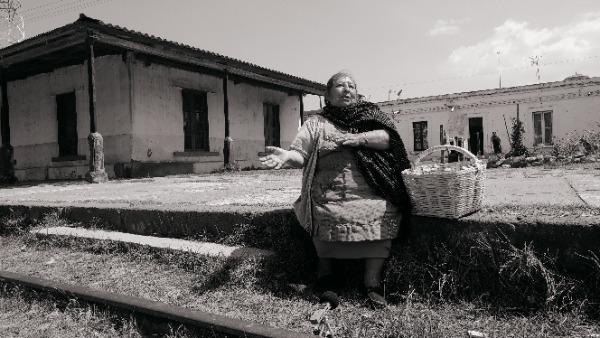 Presentarán documental sobre las vendedoras del tren en Esperanza