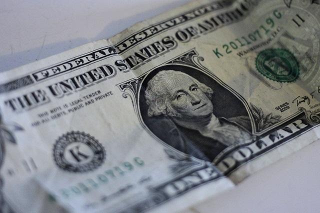 Peso sigue recuperándose y dólar se vende en $21.80 en promedio