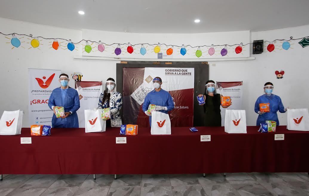 Dona empresa transnacional productos a casas de asistencia del SEDIF