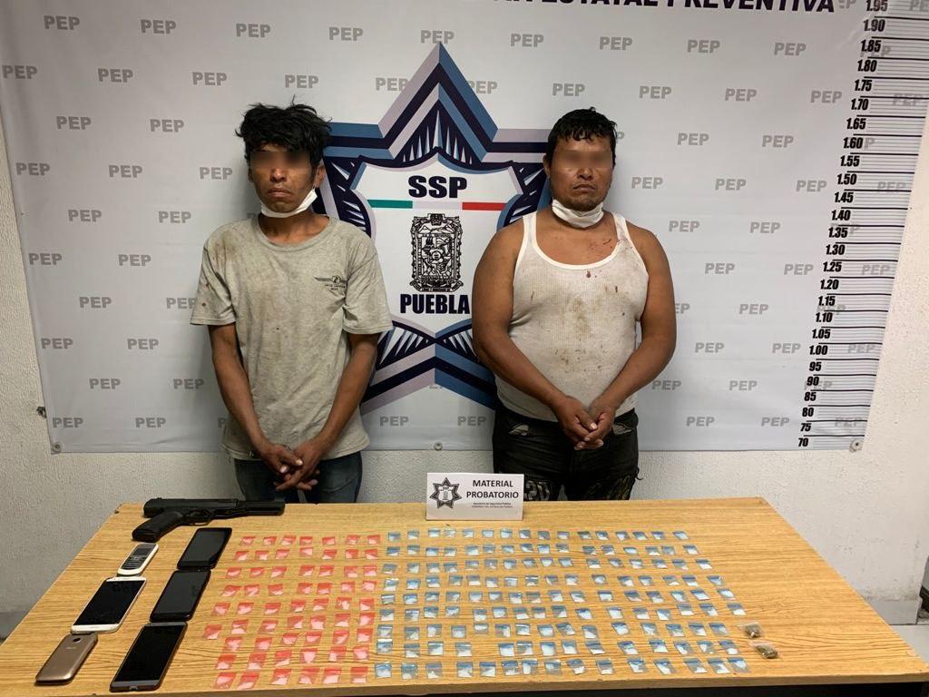 Detienen a narcomenudistas con 200 dosis de droga en la colonia Tres Cerritos
