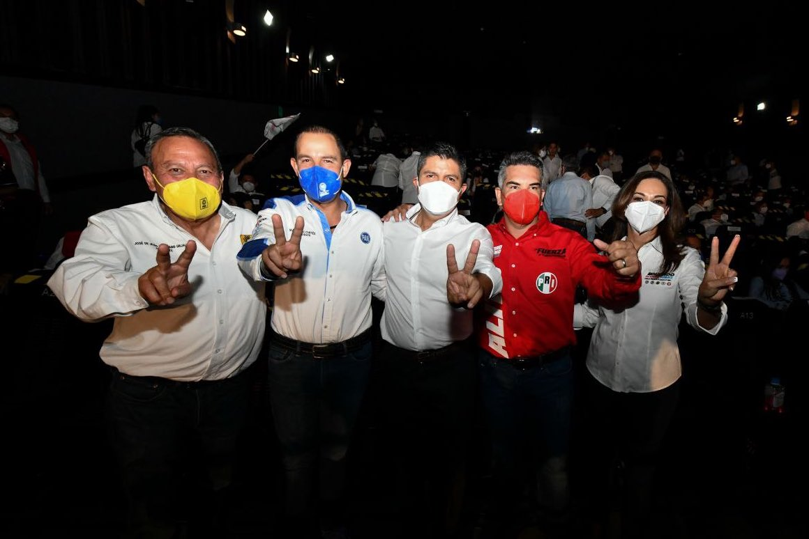 Que Puebla no se siga cayendo a pedazos, ofrece Eduardo Rivera