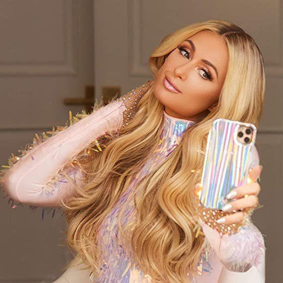 Paris Hilton espera a su primer hijo con Carter Reum