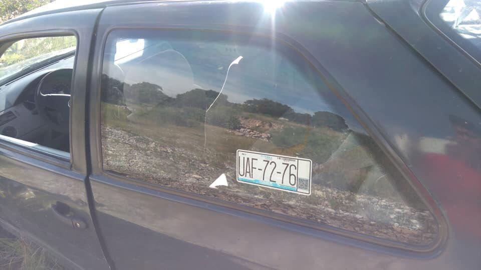 Abandonan auto que atropelló a sujeto golpeado en Amozoc