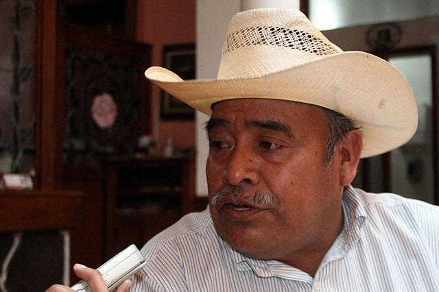 Alcalde prófugo de Ajalpan da informe por video