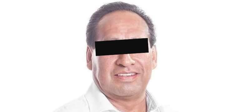Por abuso de autoridad detienen a Calixto Montero, edil de Tepatlaxco