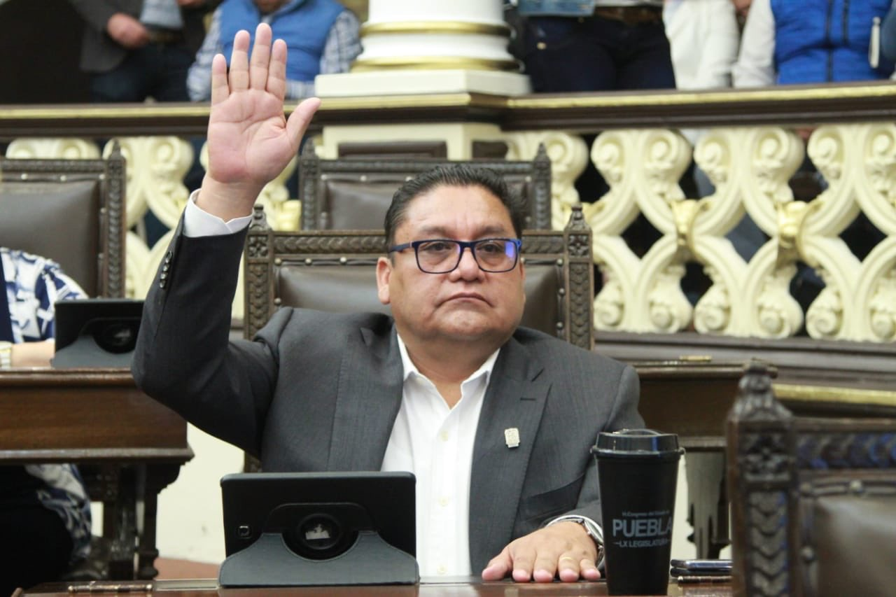 El antorchista Nibardo Hernández será líder del PRI en el Congreso