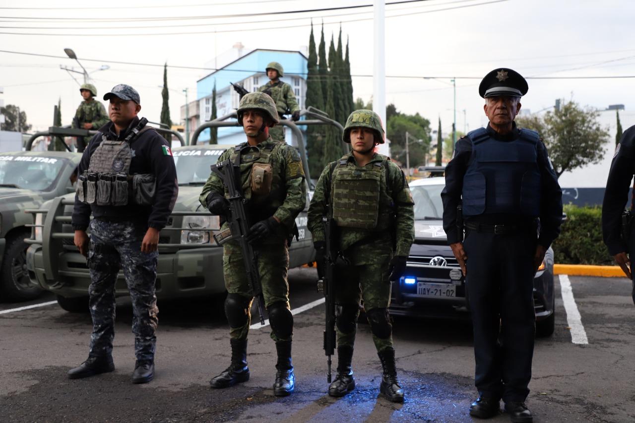 Decomisa Ejército 681 litros de alcohol en el Mercado Morelos
