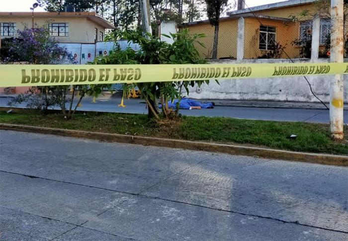 De tres disparos en el pecho asesinan a abogado en Teziutlán