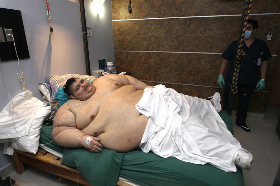 El hombre más gordo del mundo supera el covid19 en México