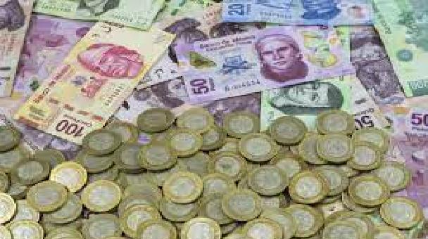 El peso mexicano perdió terreno contra el dólar