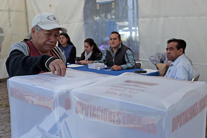 INE podría atraer elección de Puebla