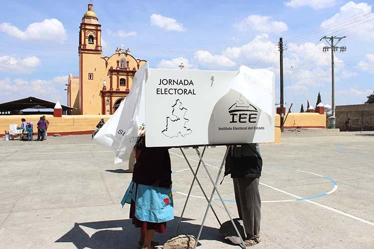 Exigen al TEPJF revertir triunfos en 16 municipios de Puebla