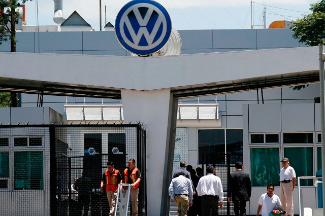 Conoce la logística de vacunación antiCovid a trajabadores de VW
