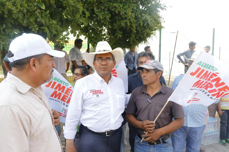 Ofrece Jiménez Merino crear centro turístico en la laguna de Epatlán