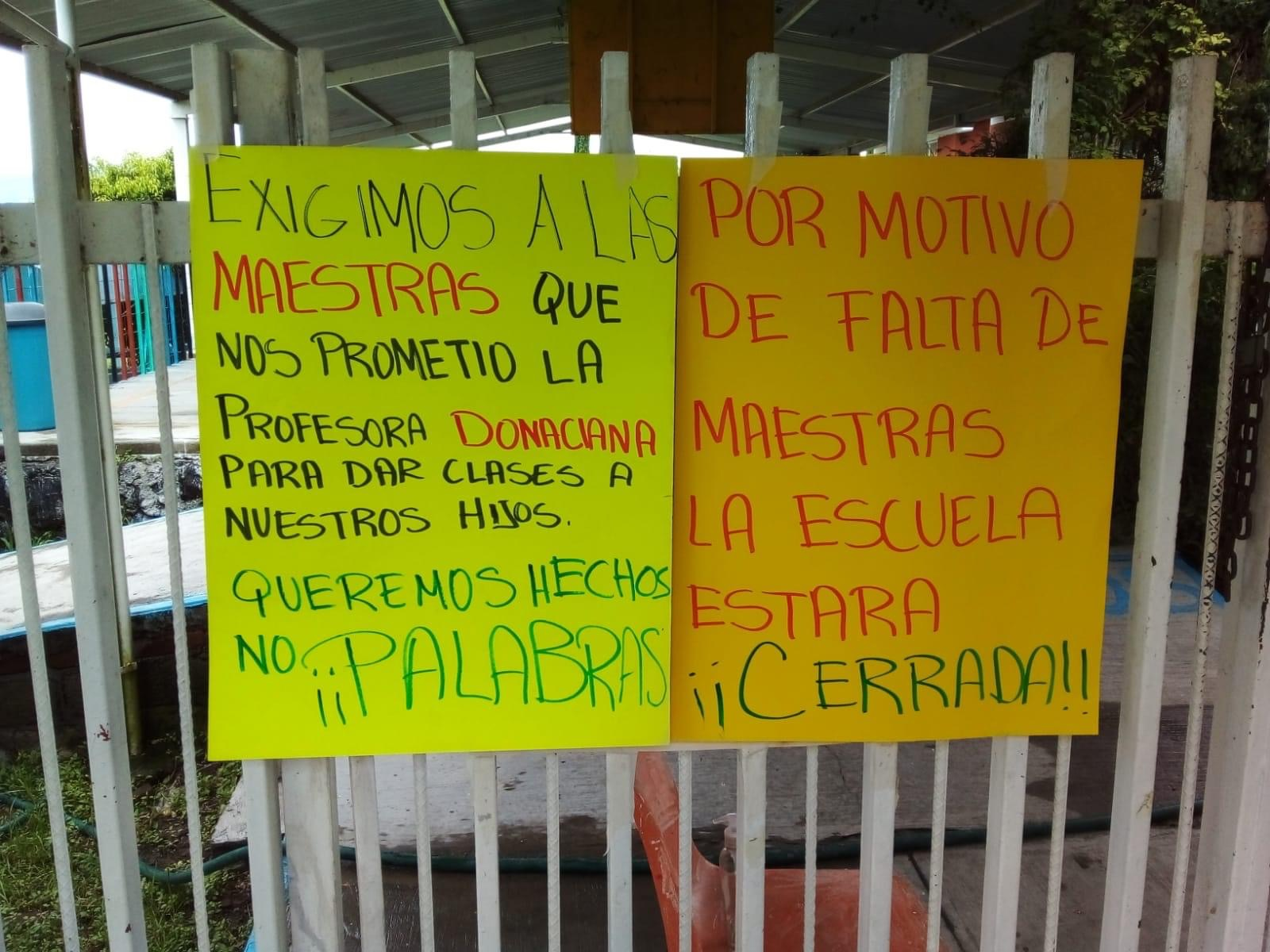 Kínder indígena en Atlixco sigue cerrado por falta de maestras