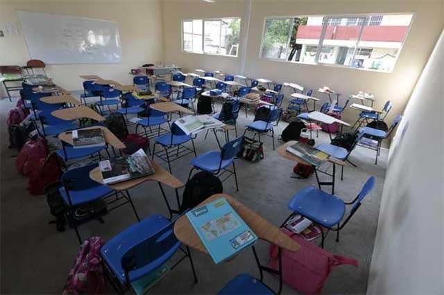 Congreso de Puebla exhorta a que el gobierno dé cubrebocas y caretas en escuelas