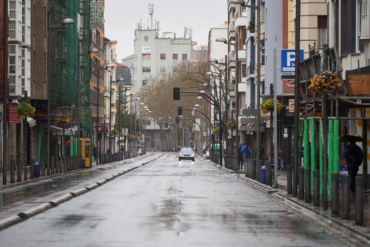 España contabiliza 838 muertes por Covid-19 en un solo día