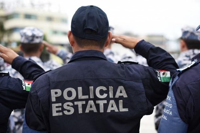 Ofrece Barbosa alza salarial superior a 2 dígitos a policías estatales