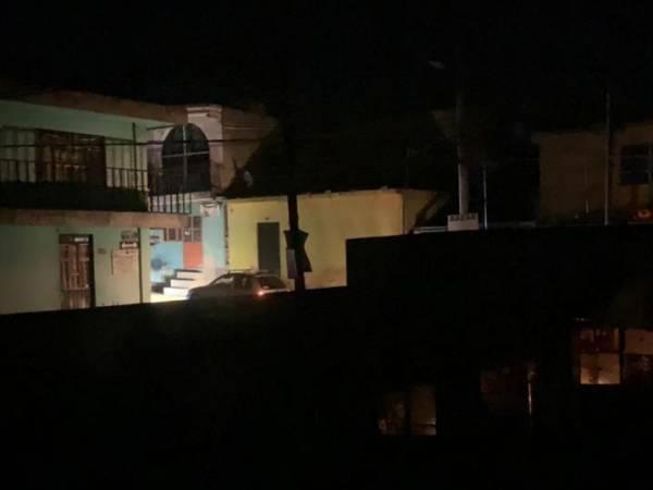 Por tercer día, colonias del sur de Puebla quedan en la oscuridad