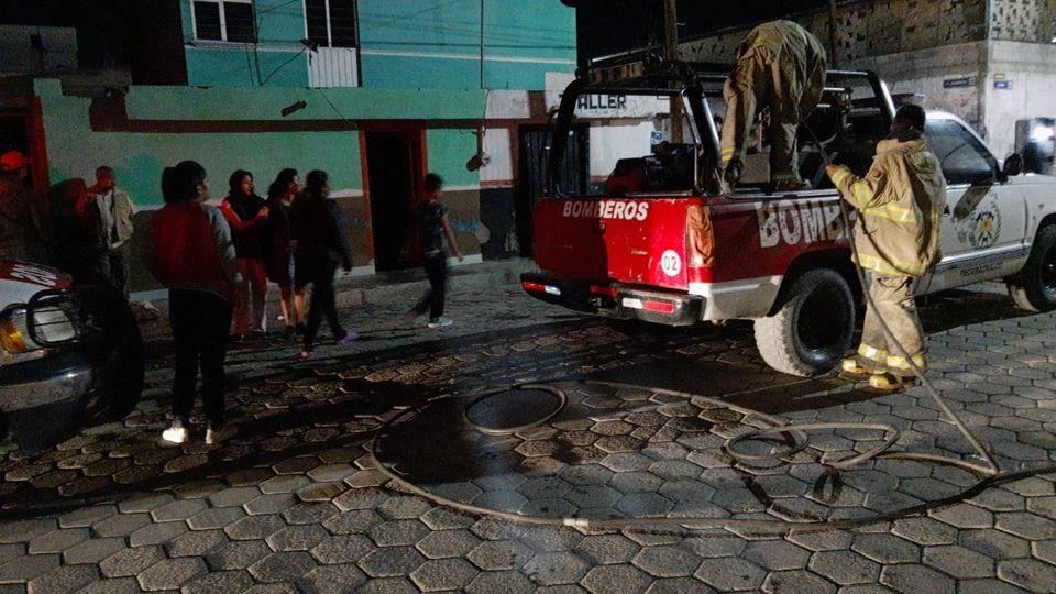 Explota moto en inmueble de Tecamachalco