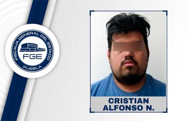 Pidió 10 mil pesos por información de chica desaparecida en Puebla