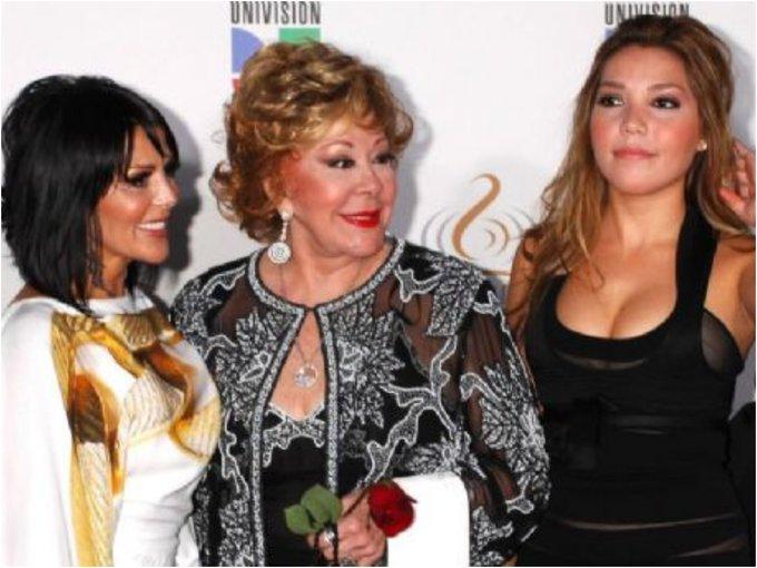 Silvia Pinal rompe su silencio con Frida Sofía