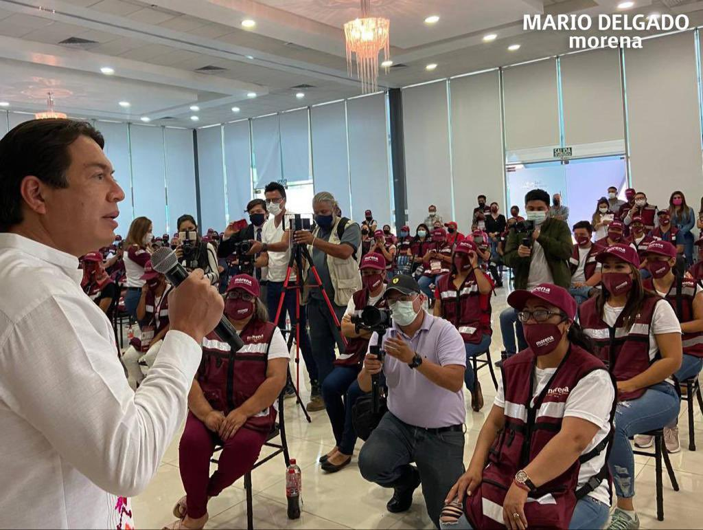 Morena acusa al INE de intentar silenciar a AMLO