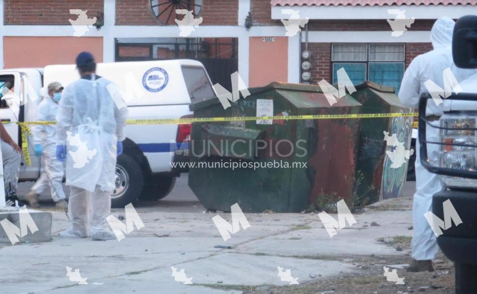 VIDEO Hallan recién nacido en contenedor de basura en Puebla; es el segundo del día