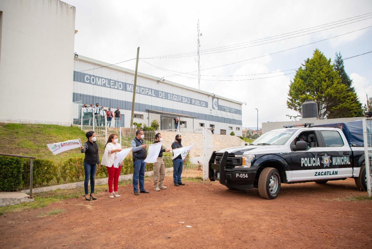 Entregan patrullas nuevas a Seguridad Pública de Zacatlán