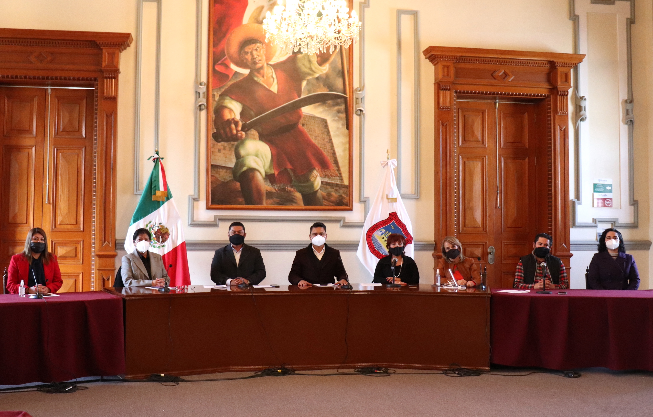 Claudia Rivera pedirá a Congreso de Puebla permita cobro de alumbrado