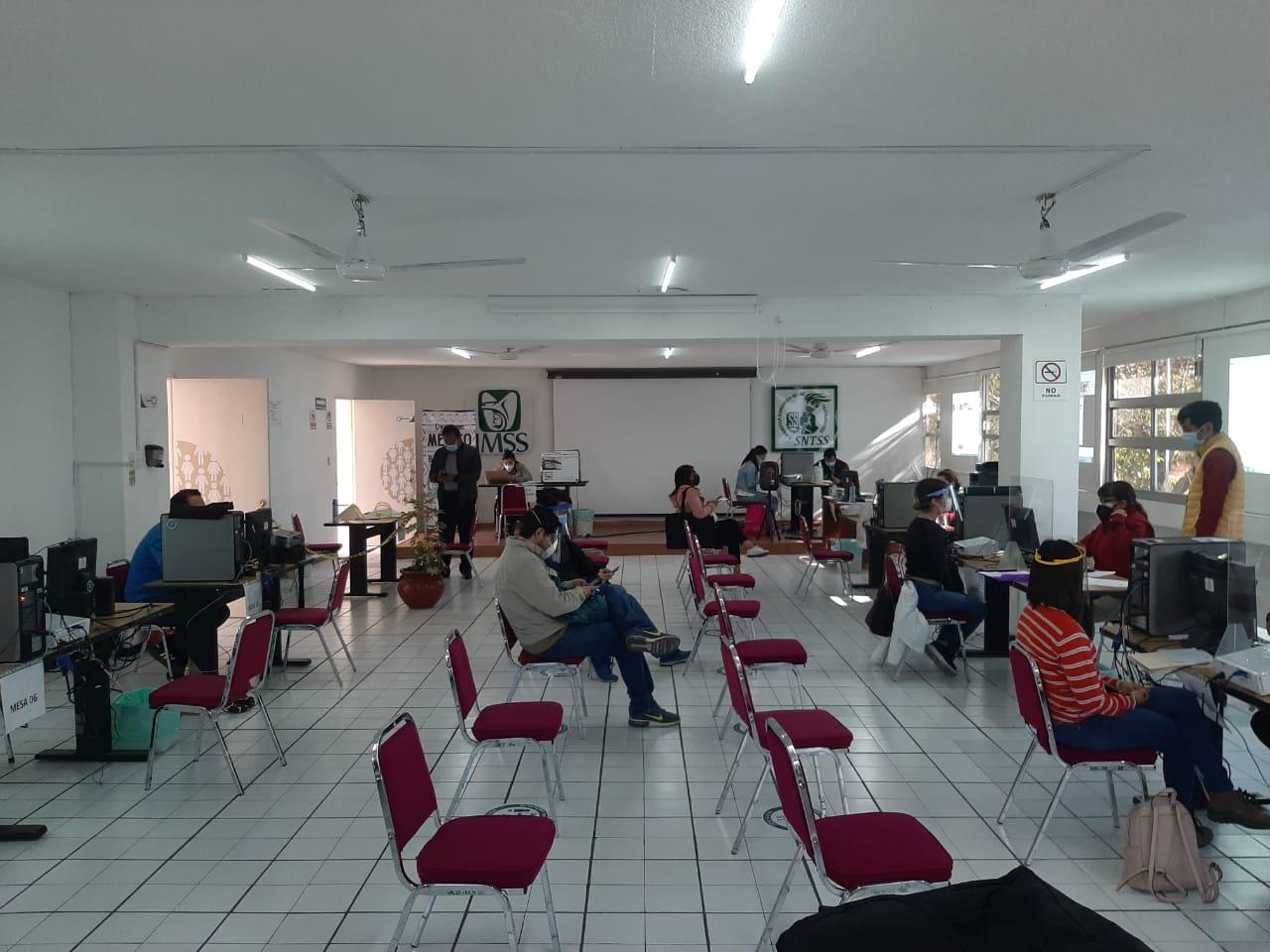 Abre IMSS Puebla contratación de médicos especialistas