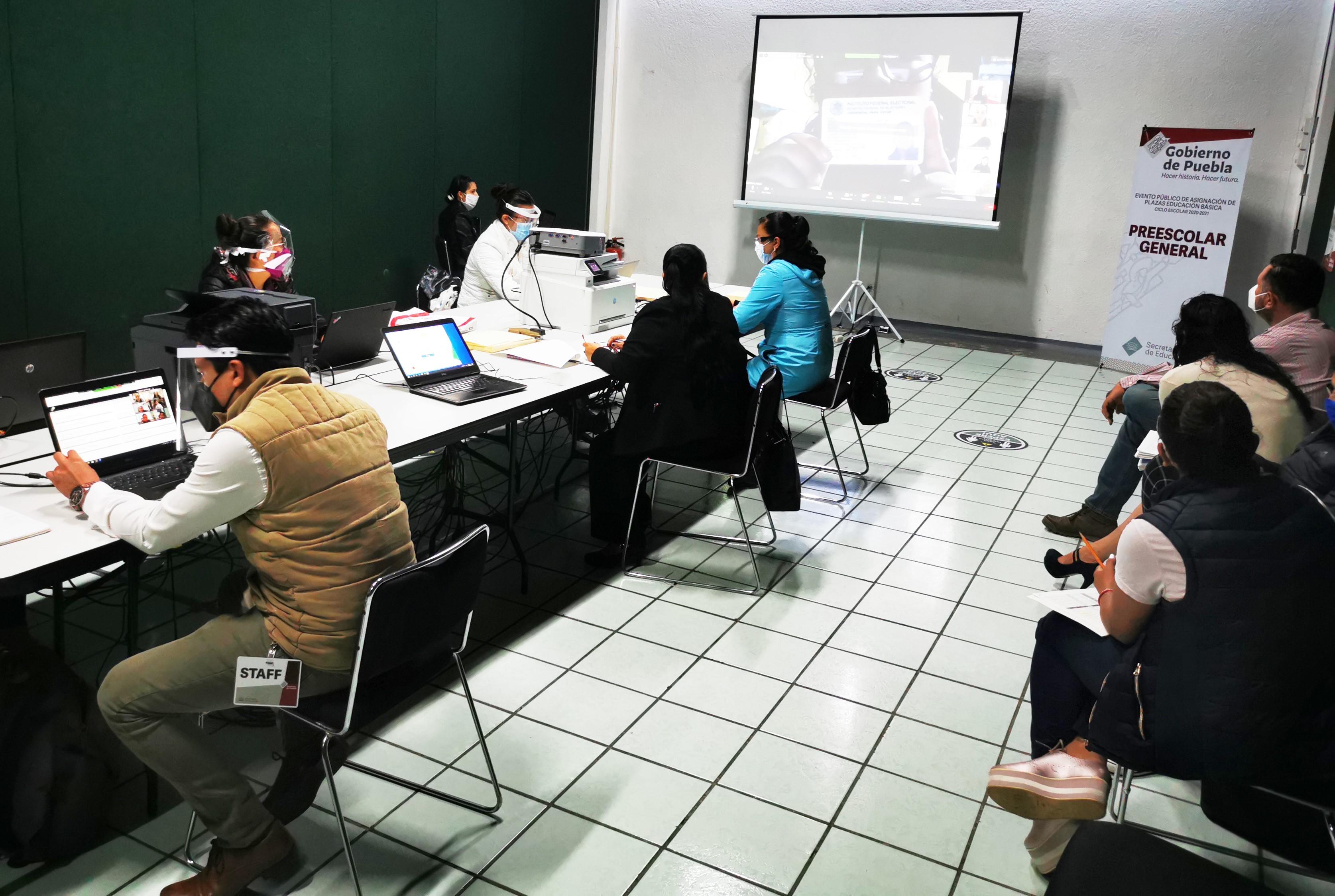 Asignará SEP Puebla mil 767 plazas a docentes de educación básica