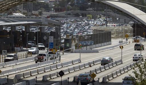 México y EU pactan restricciones en frontera hasta el 21 de noviembre