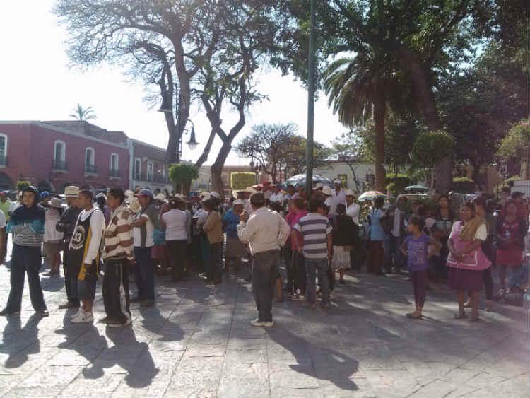 Detienen a comisariada ejidal de Atlixco por oponerse a gasoducto Morelos