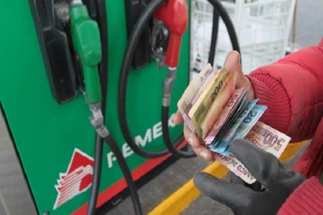 Anuncia Hacienda que dejará sin subsidio de IEPS a gasolinas y diésel