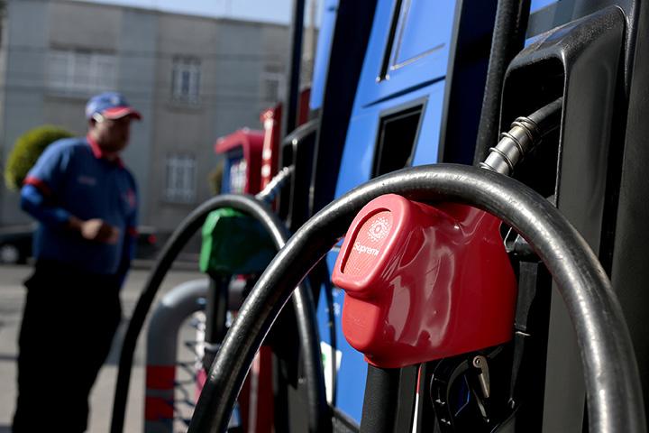 CUIDADO gasolineras roban en Puebla, dan litros incompletos